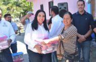 GOBIERNO MUNICIPAL BENEFICIÓ A 50 FAMILIAS CON ENTREGA DE DESPENSAS