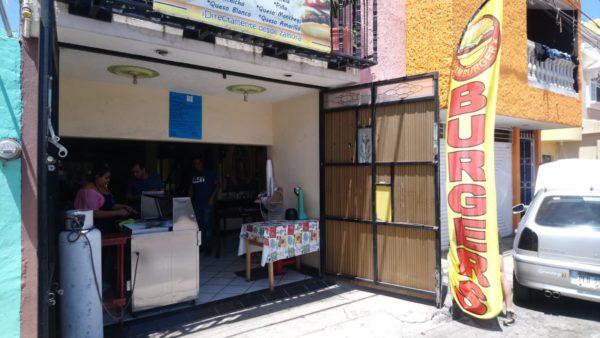 Restauranteros podrán ofrecer servicio a domicilio, no en sus establecimientos