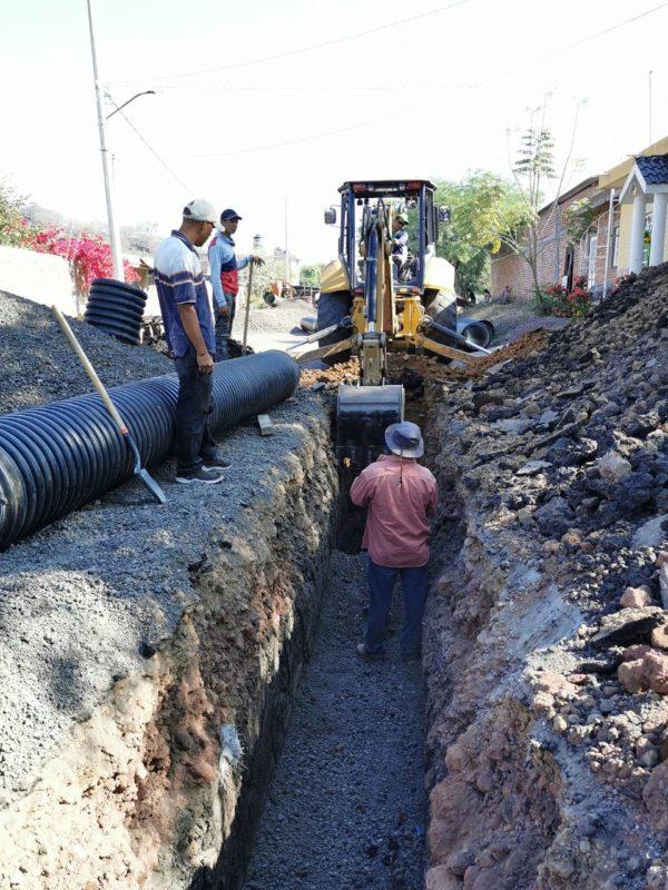Construimos línea de drenaje en El Sauz de Abajo