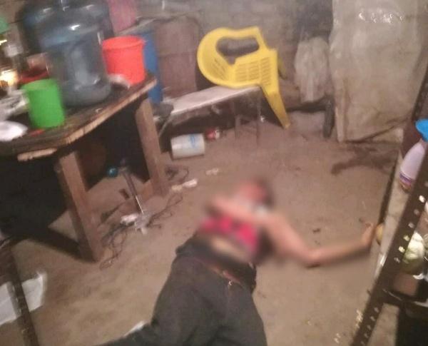Dentro de su casa joven es acribillado con armas largas