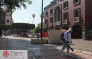 Sanitizamos plazas principales, mercados y espacios públicos