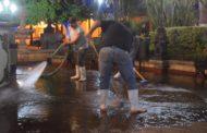 Desinfectan Plaza Principal de Tangancícuaro