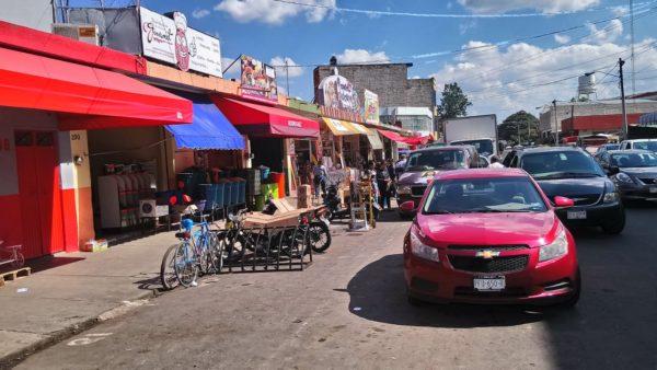Comerciantes y Oficialía Mayor acuerdan abrir parcialmente Mercado Hidalgo