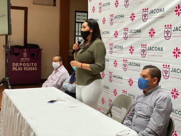 CAPACITAN A FUNCIONARIOS DE JACONA EN EL PROCESO DE ENTREGA-RECEPCIÓN