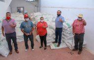Aprovechan agricultores programa municipal de fertilizante