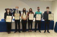 UNIVER aporta más talento profesional a la sociedad; entregó 30 títulos a profesionales