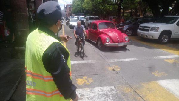 Reglamento de tránsito detenido por cambio de papelería y capacitación a elementos