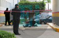 Balean a un hombre frente a su casa y muere en la entrada del Hospital Regional de Zamora