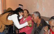 Celebra DIF Zamora el día de los Abuelos