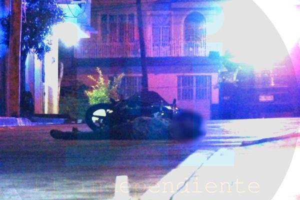 A balazos matan a un motociclista en la colonia La Esperanza de Jacona