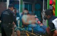 Pistoleros motorizados atacan a conductor de camioneta en Zamora