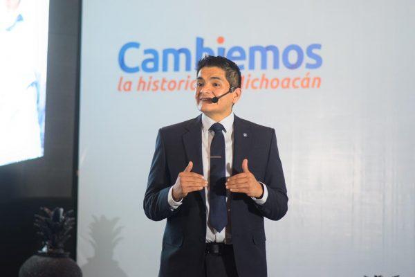 Arturo Hernández presentó resultados y soluciones en su Segundo Informe Legislativo