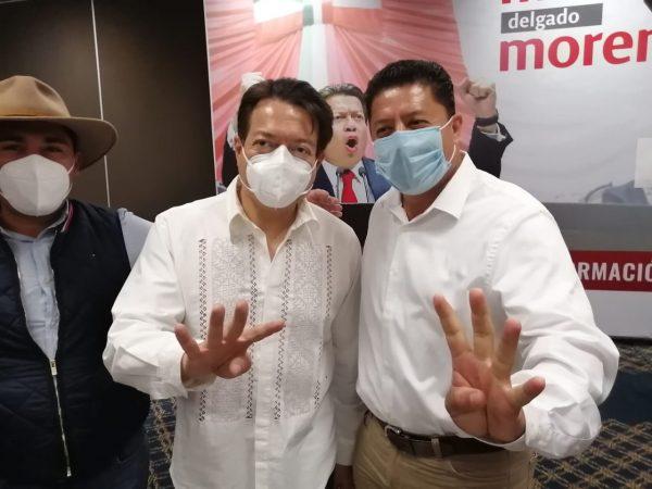 Feliciano Flores brinda su apoyo a Mario Delgado para la presidencia de MORENA.