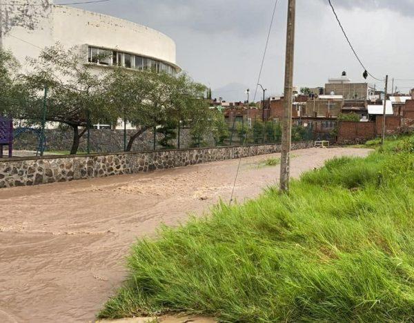 Basura, principal obstáculo para fluidez de lluvias intensas: PC-Jacona