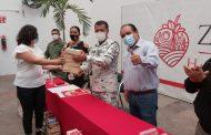 Donan zamoranos y ayuntamiento libros a Guardia Nacional
