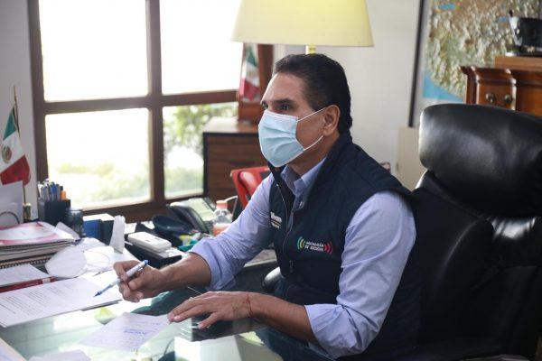 Trabajo municipal, clave para contener epidemia: Gobernador