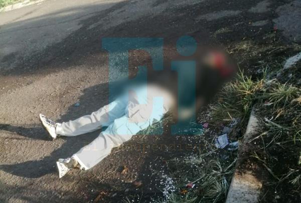 Hombre es asesinado a balazos en la entrada del Fraccionamiento Nuevo Ario