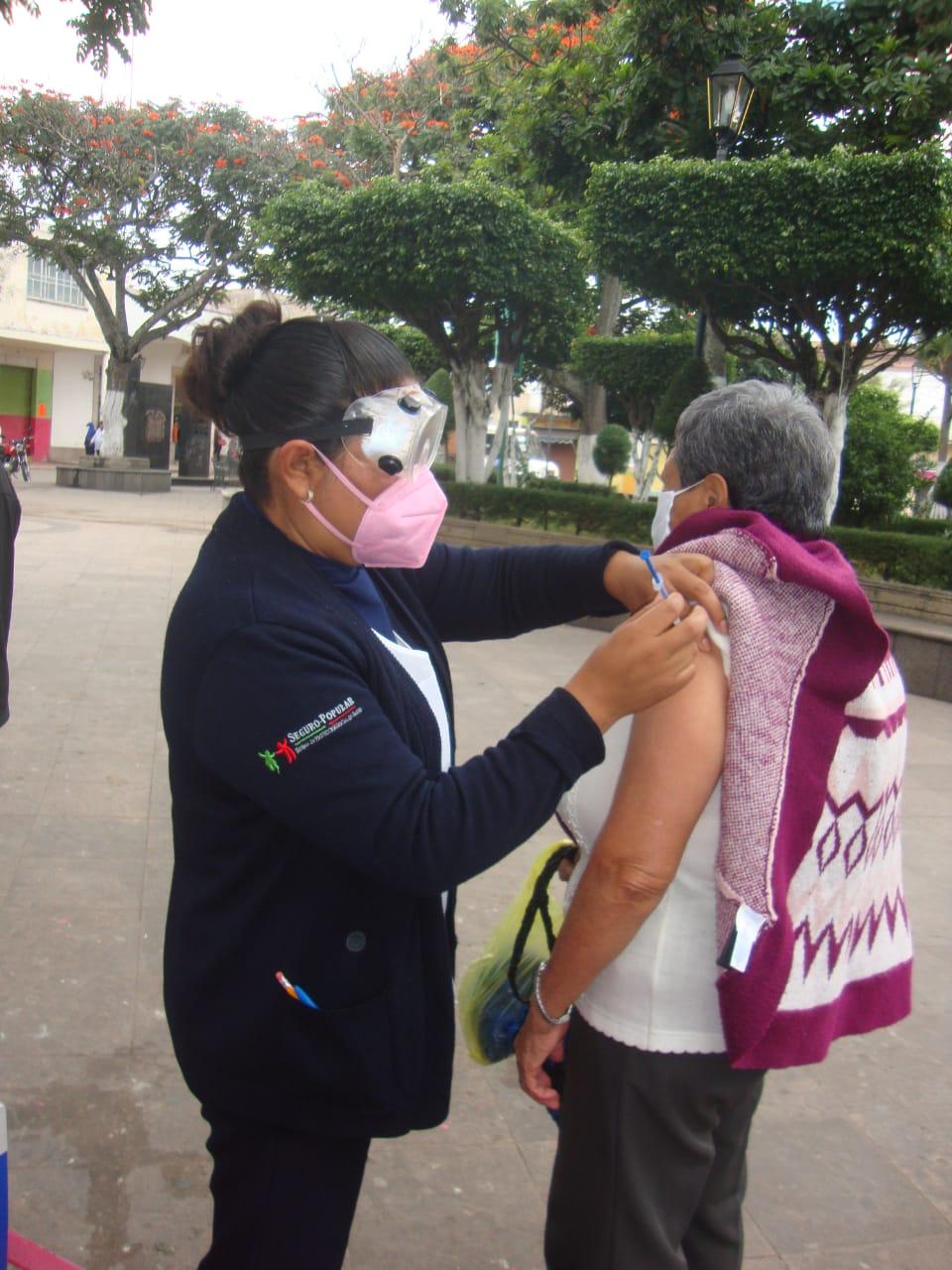 Medidas recomendadas para cuidarnos del frío y evitar enfermedades respiratorias: D. Salud