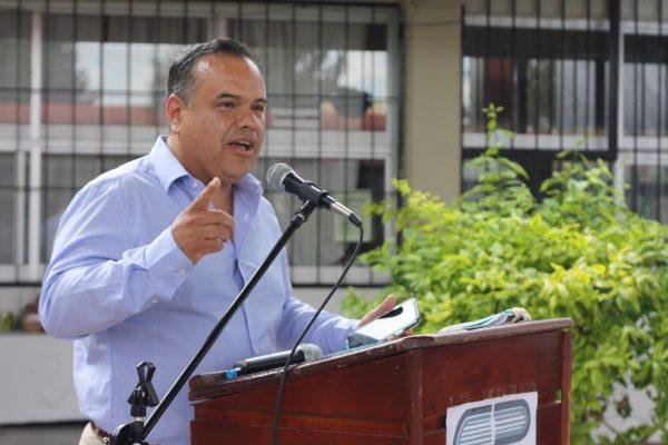 Alcalde de Ecuandureo pide rectificar a diputados federales acerca de fideicomisos