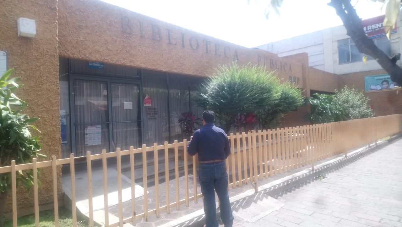 Biblioteca municipal cumple más de 6 meses cerrada; sin acceso a personas