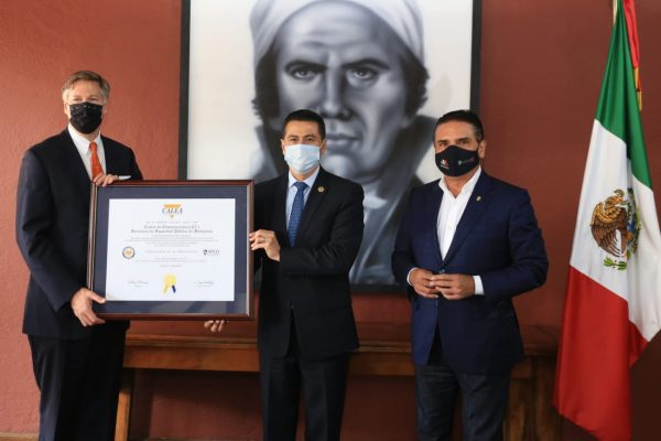Recibe Michoacán de Embajada de EU certificado por el C5i