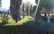 Personal del Ayuntamiento de Jacona brinda mantenimiento en áreas verdes