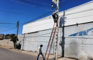 Rehabilitan iluminación en el acceso al Cerrito de Ortiz