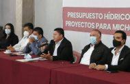 Presidentes municipales trazan ruta de trabajo para el 2021 con Feliciano Flores.