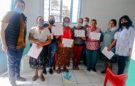 Capacitan a mujeres con tema de conservas de alimentos en Tangancícuaro