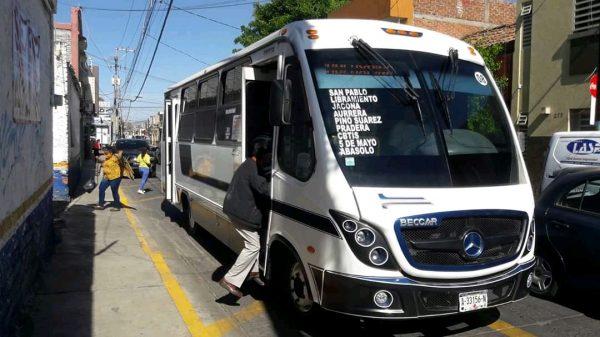 Transporte público operará sin sobrecupo de unidades; no reducirá horario de servicio