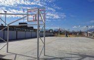 Construyen cancha deportiva en Linda Vista