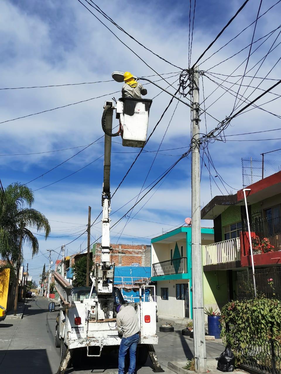 Avanza proyecto de iluminación en Zamora