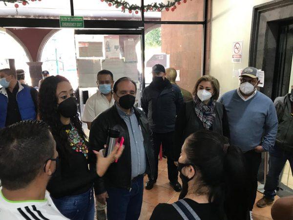 Se comprometen comerciantes del Mercado Hidalgo con presidente samaguey y diputada Tere Mora