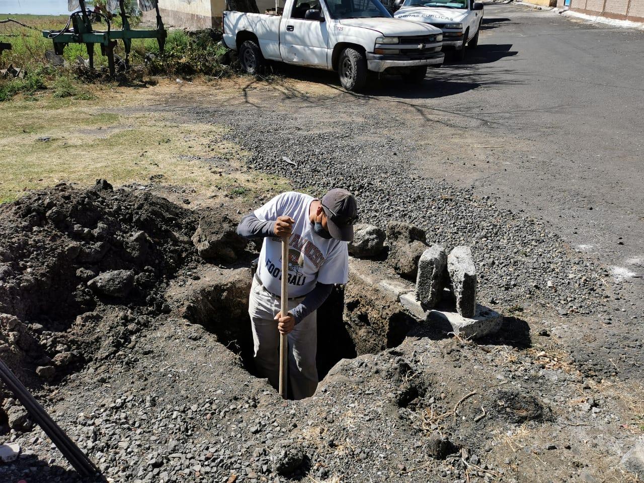Instalarán postes de alumbrado público en El Guamúchil