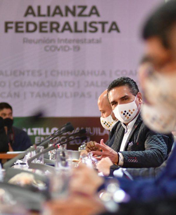 Autoridades de Salud deben encabezar vacunación contra COVID-19: Alianza Federalista