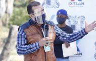 Ángel Macías encabeza inicio del techado de cancha de usos múltiples en Camucuato