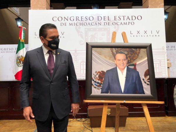 Encabeza Gobernador Develación de placa en honor a Pascual Sigala