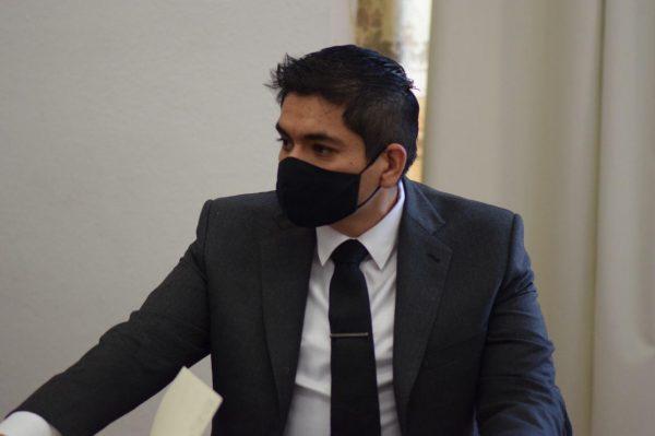 Demandó Arturo Hernández aplicar vacuna vs COVID a integrantes de bomberos, protección civil y Cruz Roja