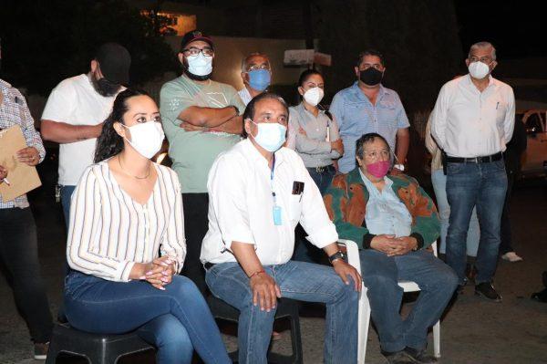Atiende Alcalde de Zamora a vecinos de Las Fuentes