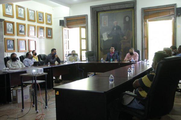 Continúa diálogo con empresarios y vecinos de Labastida