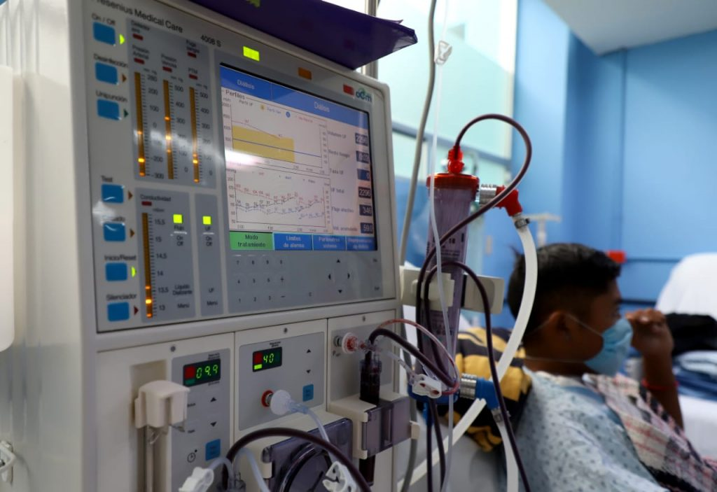 Enfermos renales, vulnerables ante COVID-19