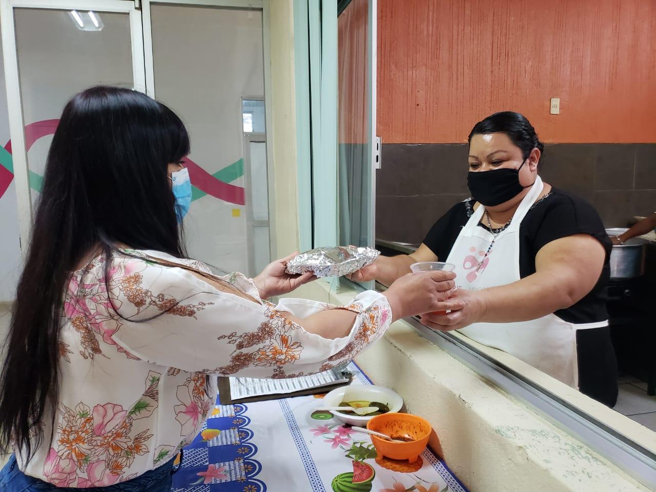 Continúan operando los Espacios de Alimentación, Encuentro y Desarrollo en Jacona