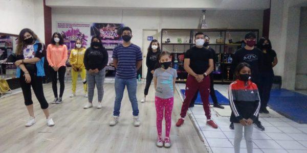 Academias de baile agonizan por pandemia