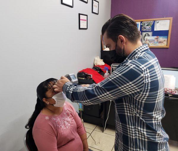 DIF Jacona continúa con su campaña permanente de lentes a bajo costo