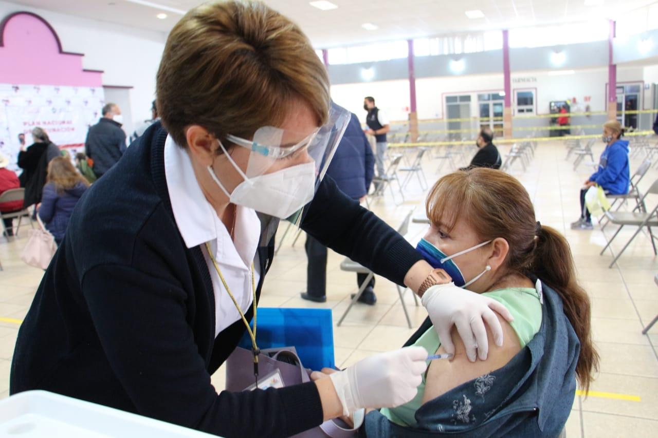 En Jacona inició vacunación de adultos mayores contra COVID-19
