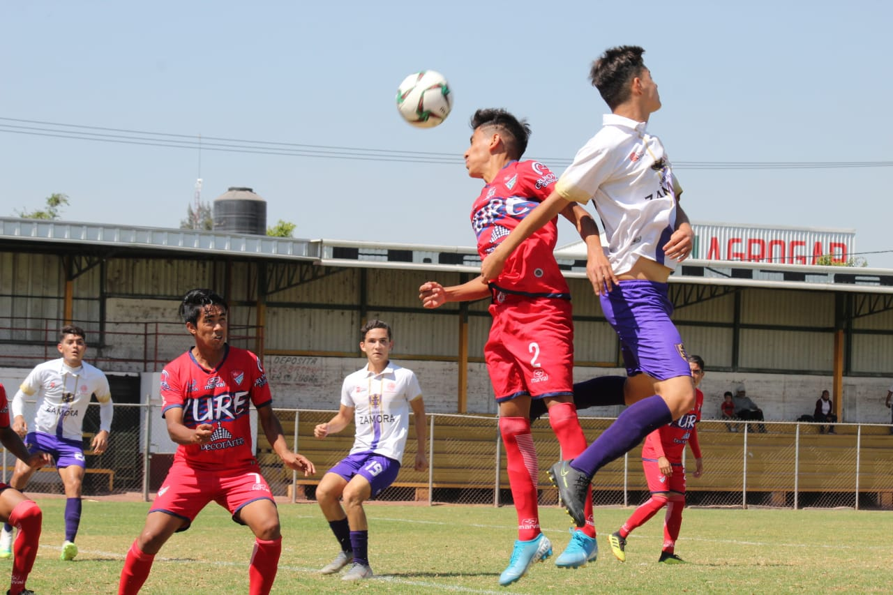 Soberano Zamora apenas rescató un empate en Yurécuaro.