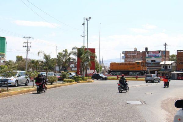 Piden reforzar seguridad para peatones en cruces