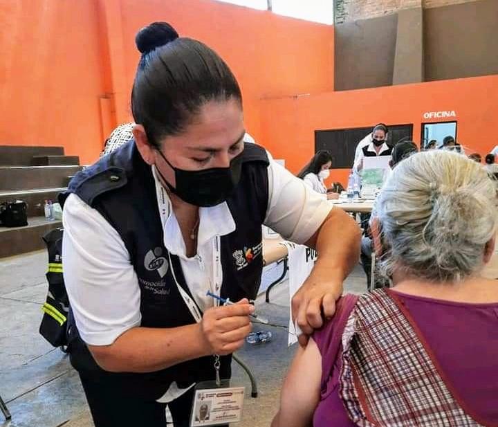 Cumplen metas de vacunación en región Zamora; más de 20 mil dosis fueron aplicadas
