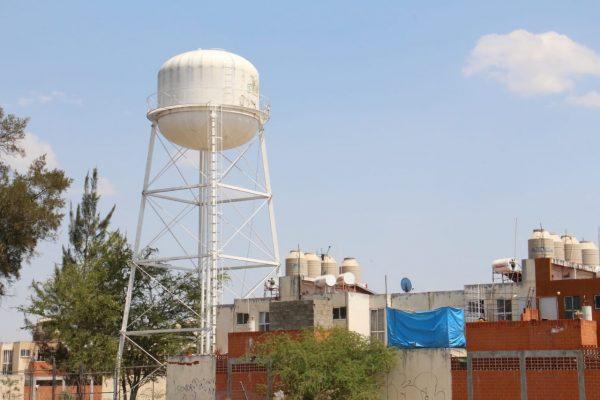 Sin agua alrededor de 5 colonias de la parte alta de Jacona