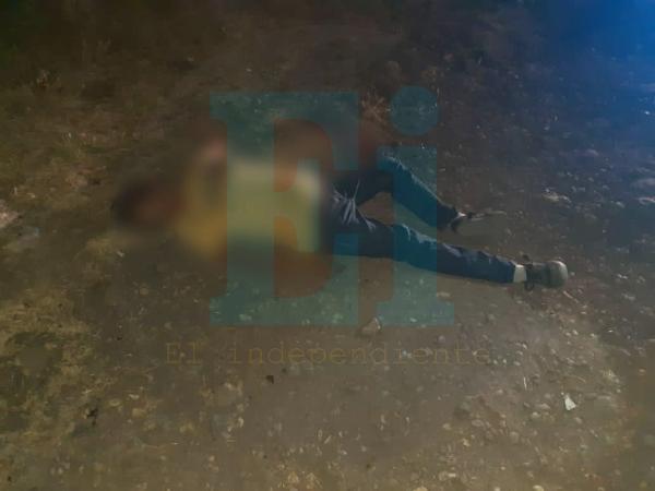 Delincuentes asesinan a una mujer embarazada en las calles de Jacona